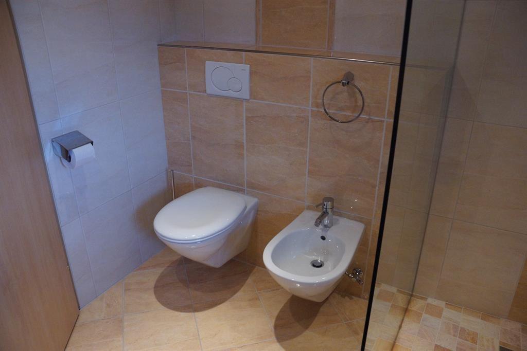 Badezimmer Toilette Separat  Badezimmer Toilette in der Ferienwohnung