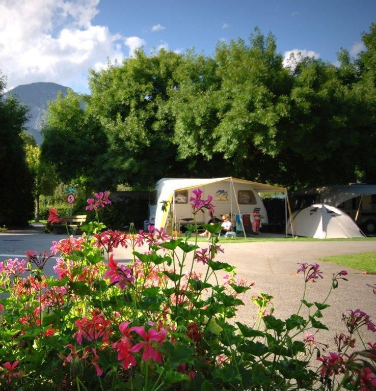 Camping Innsbruck: Schwimmbad Camping Hall