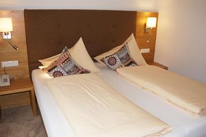 Family room, shower or bath, toilet, 2 bed rooms