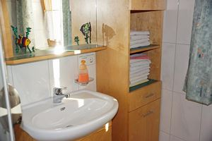 Double room, shared shower/shared toilet, balcony